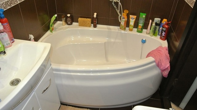 Современное разнообразие форм и размеров акриловых ванн позволит подобрать оптимальную модель для любого интерьера