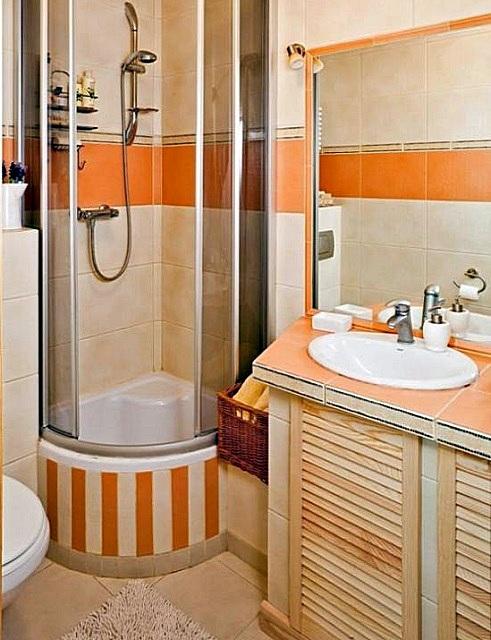В последнее время хозяева квартир все чаще отказываются от ванны в пользу душевой кабинки