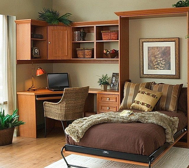 Можно отвести в спальне место и для мини-кабинета
