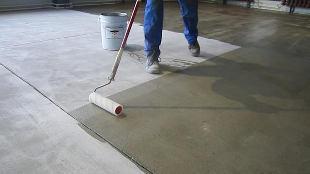 Грунтовка должна наноситься сплошным слоем, без пропусков – это обязательное условие для качественной покраски