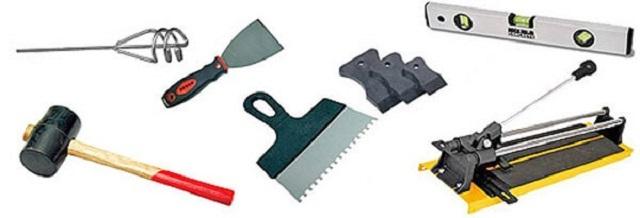 Обычный набор инструментов плиточника-облицовочника