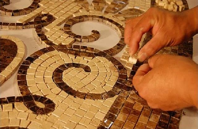 Создание мозаичного панно по традиционной технологии.