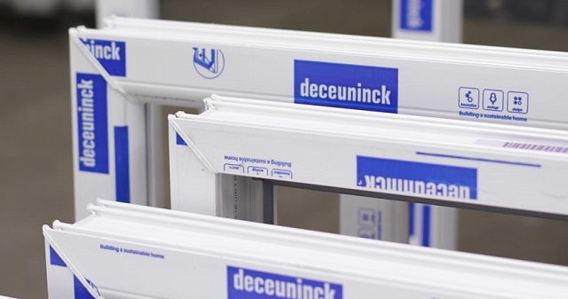 Отзывы про профили «Deceuninck» противоречивые, но это касается лишь «бюджетных» моделей (эконом-класса) из представляемой линейки продукции.