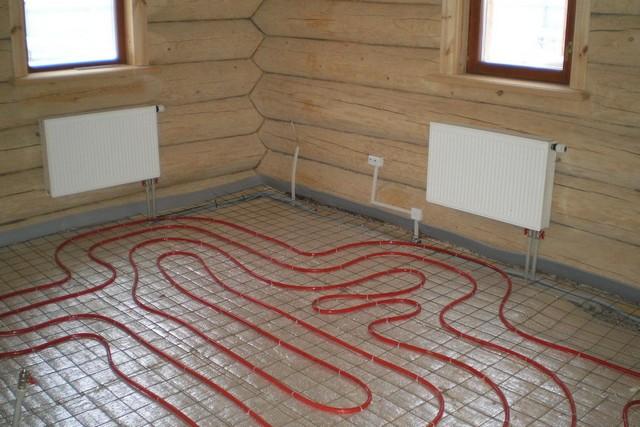 Комплексное решение – совместное использование обычных радиаторов или конвекторов и системы «теплого пола»