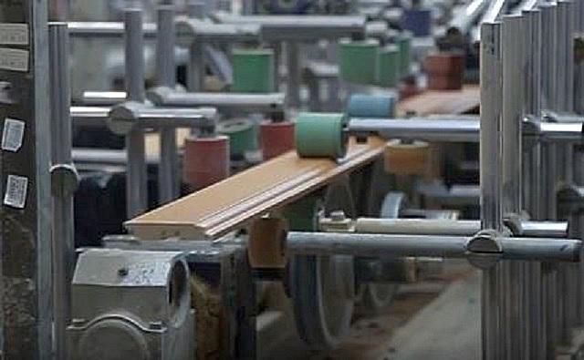 Линия по производству плинтусов МДФ