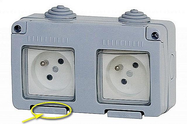 Герметичная двойная розетка типа «Е» класса IP55 — оптимальное решение для установки на улице или на открытом балконе