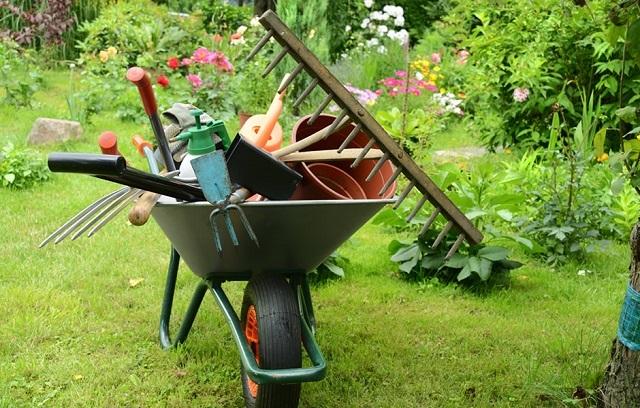 Садовые инструменты своими руками