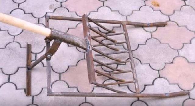 Вот такой инструмент вполне можно изготовить собственными силами – в работе он ничуть не хуже «магазинного».