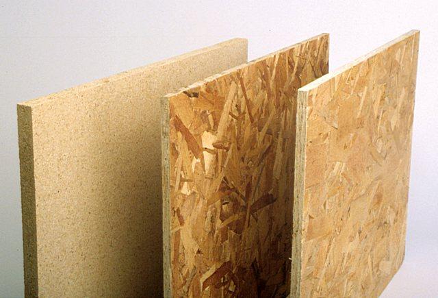 Представленные в продаже плиты OSB могут различаться качеством, предназначением, ценой