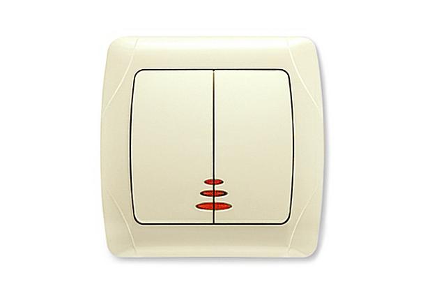 К выключателям со световой индикацией все уже давно привыкли. Удобно, за исключением отдельных случаев.