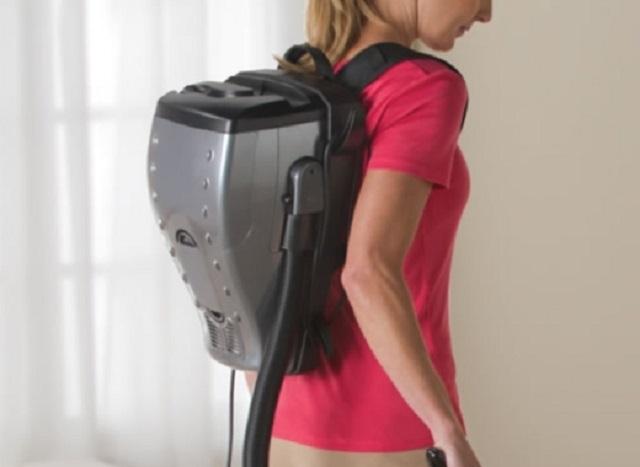 Пылесос-рюкзак.
