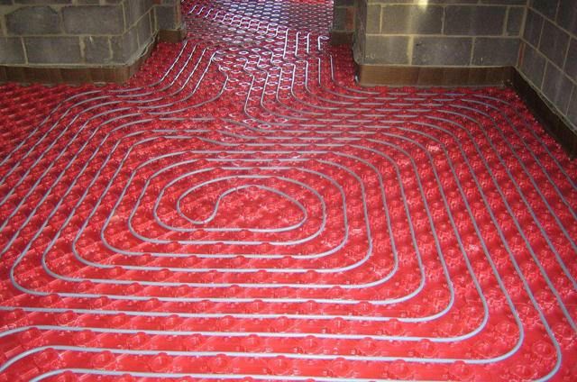 Лучшее отопление - это не маленький и горячий радиатор, а большой и теплый пол!