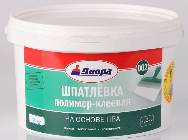 Шпаклевка ПВА для создания дополнительной защиты фанеры от влаги.