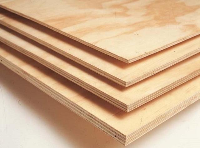 Различие листов фанеры по толщине. Для полов, чтобы они служили подольше и были стабильными, желательно использовать толщину от 15 до 20 мм.