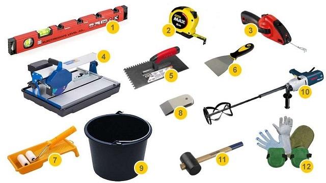 Инструменты, которые потребуются для выполнения облицовки пола керамической плиткой.