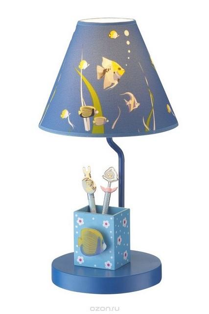 Настольные лампы для детского рабочего стола тоже не должны отдавать «кабинетной суровостью»