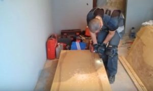 Выравнивание пола фанерой как сделать своими руками без лаг видео руководство