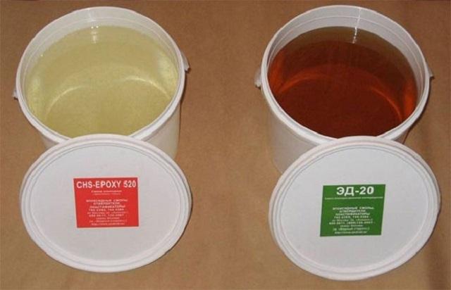 Эпоксидная смола –основной компонент для самостоятельного изготовления состава для химической анкеровки.