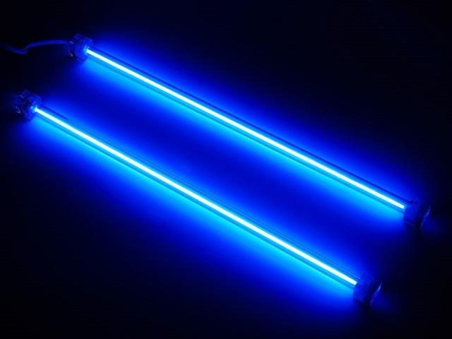 Неоновые трубки, которые можно использовать в общей системе подсветки пола