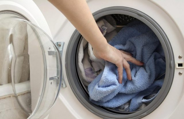 Следует придерживаться рекомендуемых производителем объемов загрузки стиральной машины, выбирать наиболее экономичные режимы.