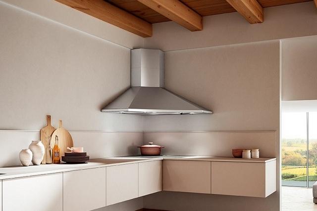 Угловые кухонные вытяжки всегда имеют своеобразную конфигурацию