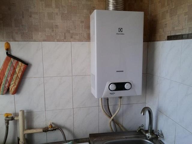 У любой газовой колонки имеется свой предел по мощности, а значит – и по производительности нагрева определенного количества воды в единицу времени
