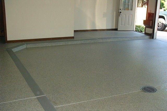 В ряде случаев бетонный полы после упрочнения даже не требуют никакого декоративного покрытия – они вполне эстетичные сами по себе.