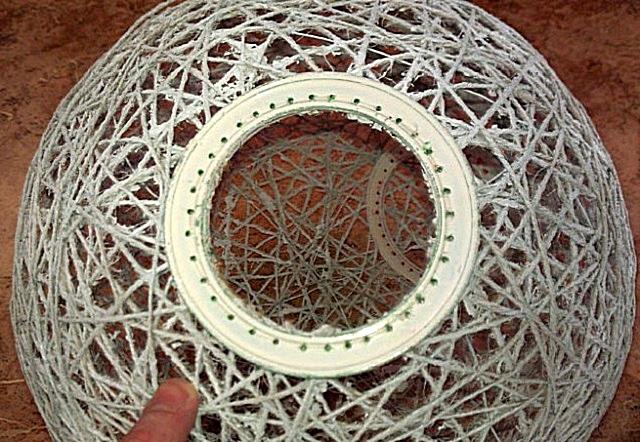 Пластиковое кольцо, обрамляющее отверстие для патрона.