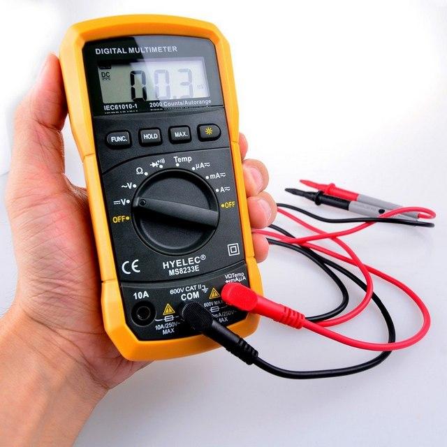 Портативный электронный мультиметр – удобен в пользовании, оснащен встроенным источником питания.