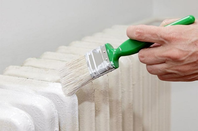 Окрашивание фасадных поверхностей, после того, как будет закончено с внутренними участками, покажется сущим отдыхом.