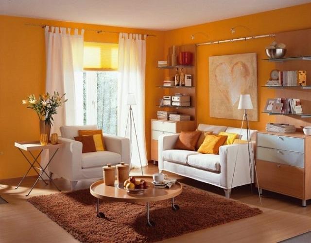 Гостиную, в которой редко бывает солнце, лучше всего оформить в теплых желтых тонах, так как она приобретет уют и теплую атмосферу.