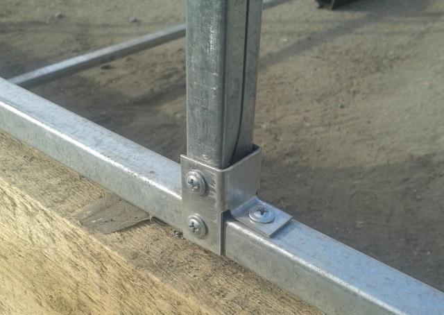 Соединительный узел металлического каркаса