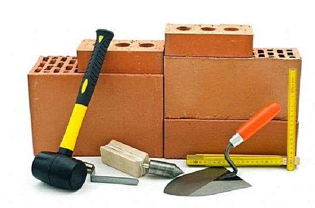 Основные инструменты для проведения кирпичной кладки.