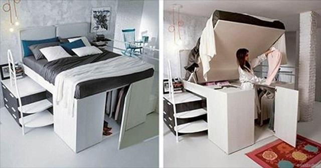 Двуспальная кровать одновременно выполняет роль довольно вместительной гардеробной