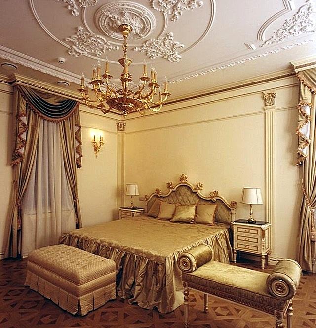 Спальня, выполненная в стиле «ампир»