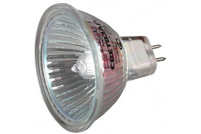 Галогенная лампа для точечного светильника – отменный показатель излучаемого светового потока, но при этом – очень сильный нагрев, нежелательный на натяжном потолке.