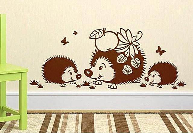 Трафарет «Семейка ежей» для комнаты, где проживает малыш.