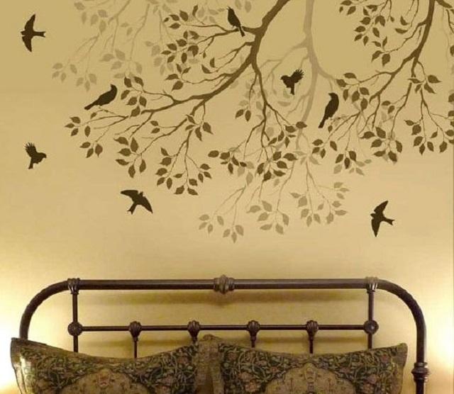 Природные мотивы являются оптимальным вариантом оформления спальни.