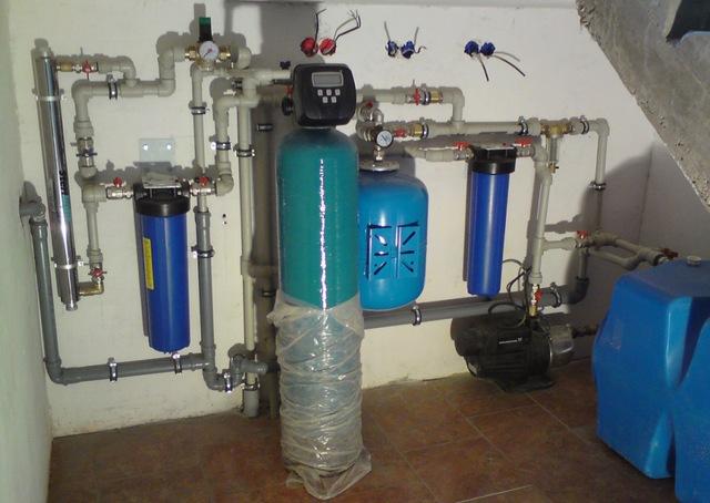 Система озонирования воды – помогает избавиться от повышенного содержания железа, но тоже не решает всех проблем.