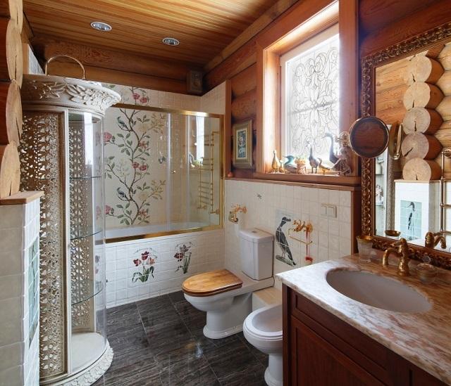 При правильной организации пространства ванной или совмещенного санузла в частном доме там можно разместить практически все необходимые аксессуары. Но об этом нужно думать заранее.