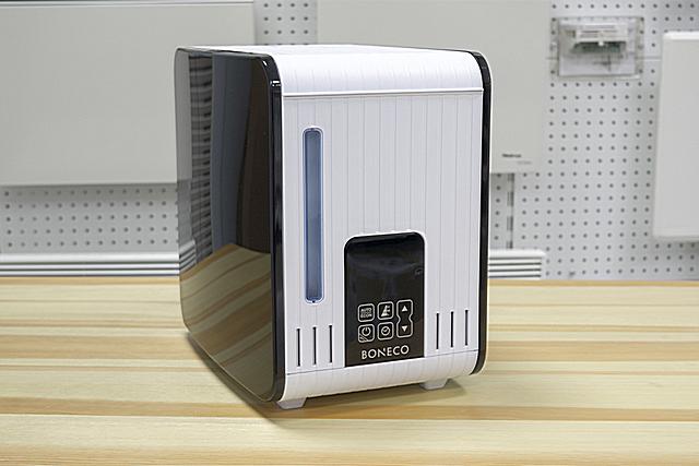 Одна из наиболее популярных моделей среди увлажнителей с термическим парообразованием — «Boneco Air-O-Swiss S450»