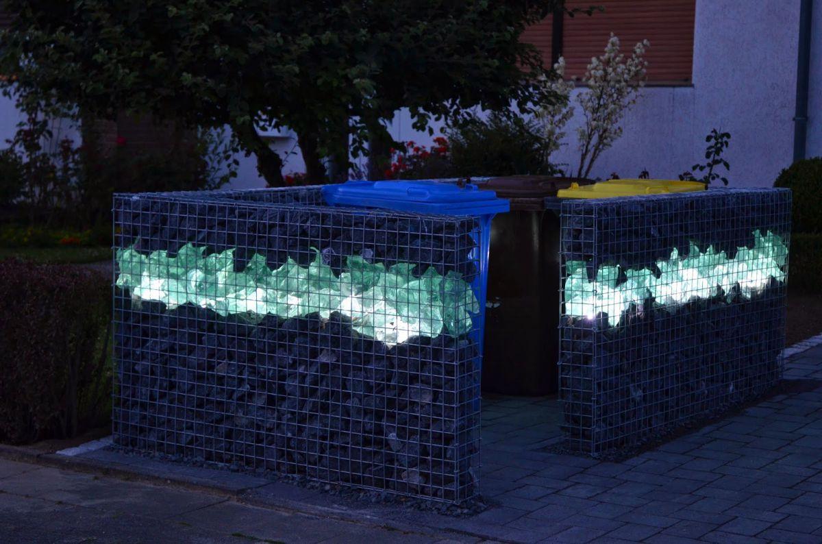 Забор из габионов с подсветкой