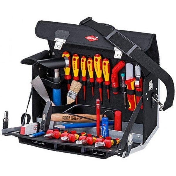 Набор инструментария профессионального электрика