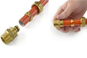 Шаг 7.1 – насаживаете трубу на штуцер фитинга