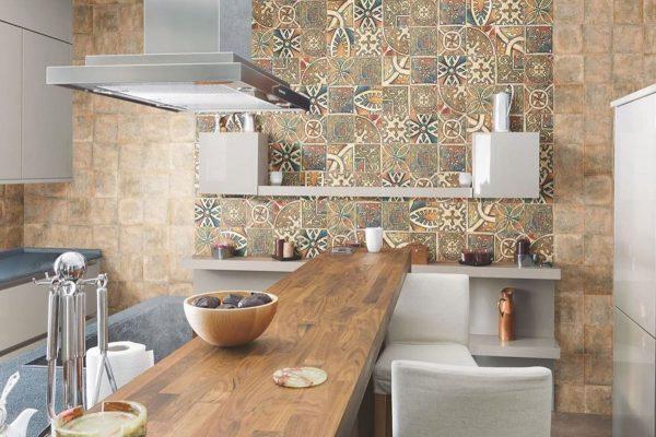 Акцентная стена на кухне