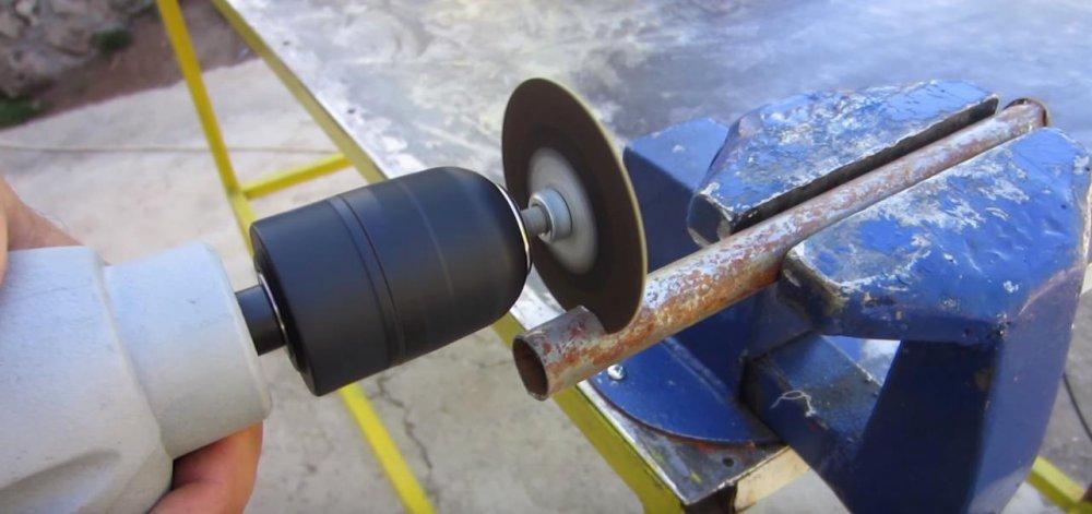 Отрезная насадка на дрель из диска болгарки