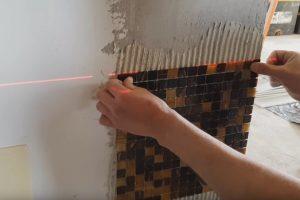 Шаг 5 – приклеиваем мозаику