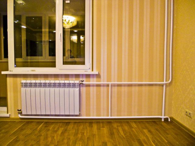 Верхняя подача, радиатор длиннее 12 секций, диагональное подключение