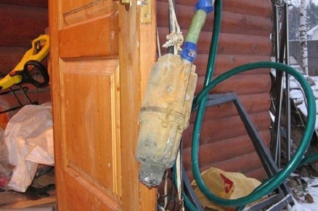 Чистка водозаборной выработки двумя вибрационными насосами отличается особой эффективностью