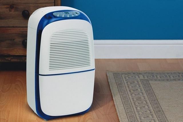 Одна из моделей осушителей воздуха из многообразия, представленного к продаже